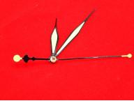 Люминесцентные стрелки для часов